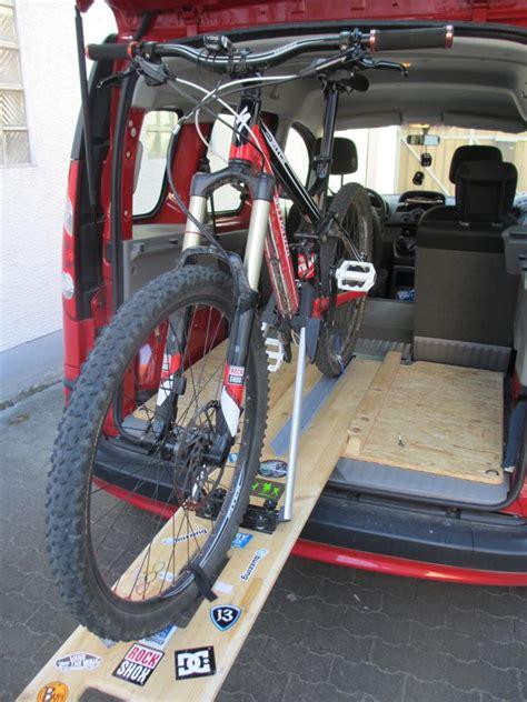 Fahrradhalter F R Auto Innenraum by Diy Fahrradtr 228 Ger F 252 R 180 S Auto Wohn