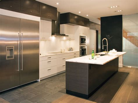 Slate Grey Kitchen Cabinets by Stratus Slate Grey Zebrano With Cirrus Oyster Modern