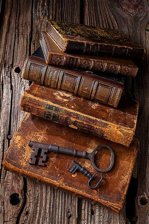 Book News Its Vintage by 25 Best Books Ideas On Antique Books