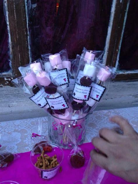 decoracion de bombones para fiestas brochetas de bombones y rallerindos ideas para fiestas
