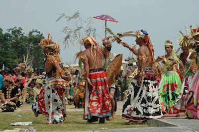 tari belian bawo dayak culture