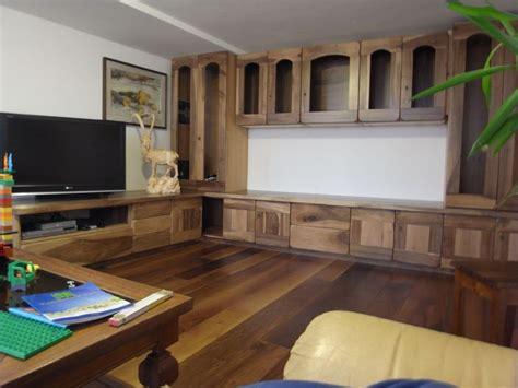 soggiorno in legno arredamenti