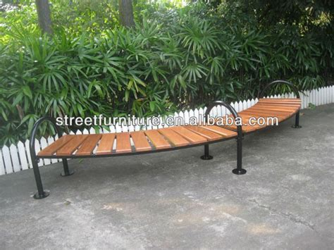 outdoor round bench seating best 25 curved outdoor benches ideas on pinterest