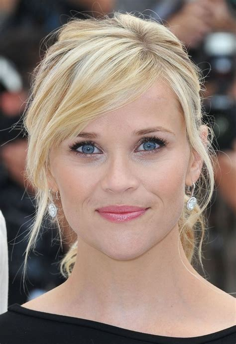 hairstyles w heavy side bang reese witherspoon side bangs www pixshark com images