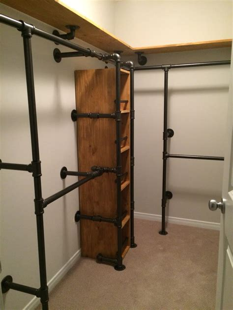 Walk In Wardrobe Fittings Diy by 25 Best Ideas About Industrial Closet On