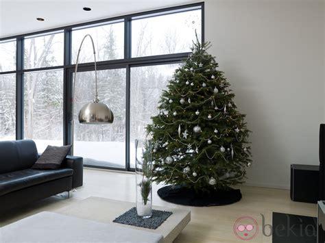 193 rbol de navidad minimalista en tonos plateados fotos de