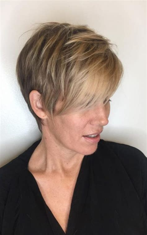 what is a dymensional haircut hairstyle ideas for mature women in 2018 2017 haircuts