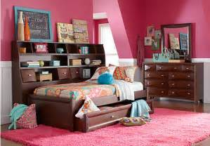 Picture of ivy league 7 pc full daybed bedroom from teen bedroom sets