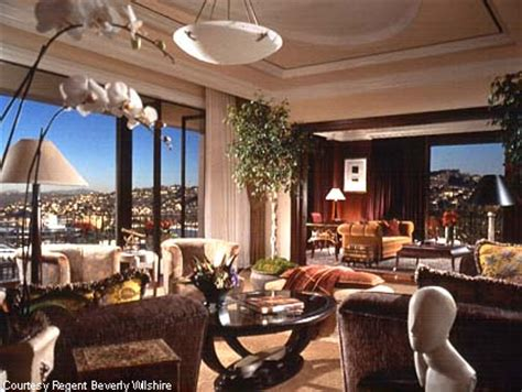 United Nations Dining Room by The World S Most Expensive Hotel Rooms