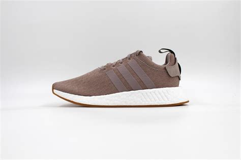 Adidas Nmd R2 11 adidas nmd r2 beige beige cq3299 sapato sneakerstore