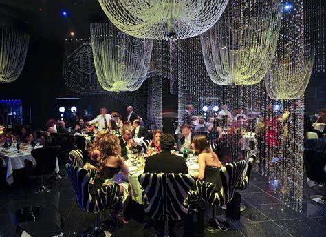 Chandelier Restaurant Dubai Cavalli Club Location Fairmont Hotel On Sheikh Zayed Road Setting Designed By Roberto