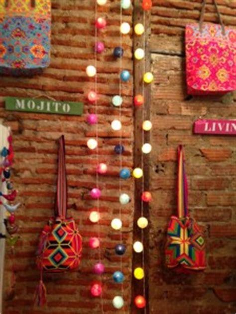 decorar paredes con fotos y luces decorar las paredes con tiras de luces decoraci 243 n de pared