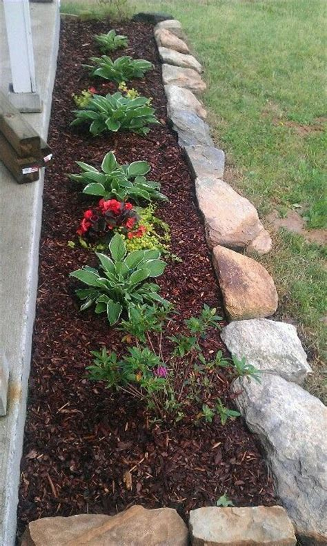 Rocks For Garden Borders Rock For Flower Bed Border Garden Pinterest Flower Bed Borders Flower Beds And Rocks