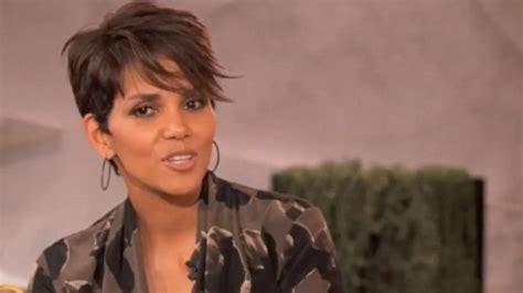 Halle Berry Talks About Attempt To Kill Herself by Halle Berry Talks Pregnancy While Shooting Days Of