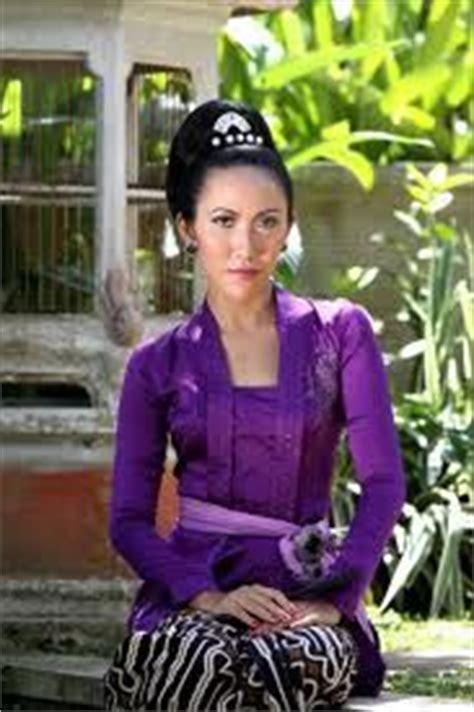 Dress Peak Kembang Merah 1000 images about dresses baju kurung on baju kurung kebaya and sarongs