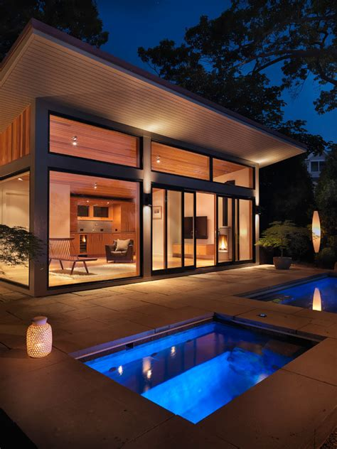 flavin architects design  poolside guest house