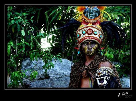 imagenes de los hombres mayas lista dioses mayas