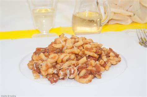 cucinare il ragu gramigna con rag 249 bolognese ricette di cucina