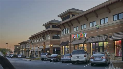 Olive Garden Northlake Mall by Ferncroft Capital Sells Northlake Commons For 31 5