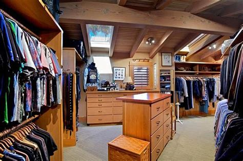 The Closet Point Loma by Frazee S Crazee Point Loma Estate San Diego Reader