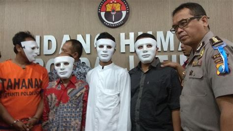 detik hoax polisi tangkap 4 penyebar hoax isu penyerangan ustaz