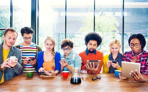 imagenes de personas usando redes sociales 191 para qu 233 sirven las redes sociales