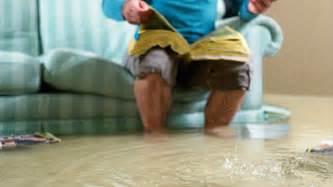 wasserschaden im haus was tun wasserschaden sofortma 223 nahmen und wann versicherung nicht