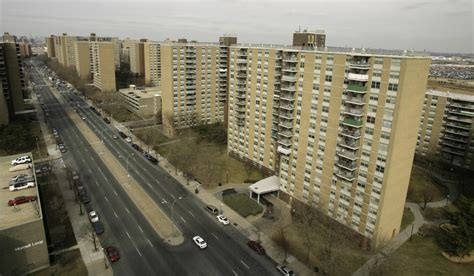 list of brooklyn housing projects sale of starrett city moves forward the new york sun