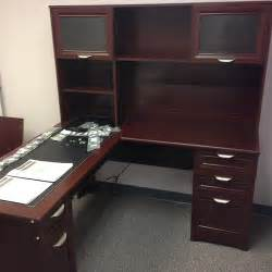 Magellan Desk With Hutch Realspace Magellan Desk 101 095 Hutch 101 075 Office F