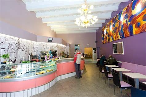interni bar come scegliere i colori degli interni di un locale bar