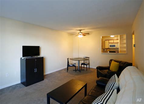 2 bedroom apartments in memphis tn blair tower memphis tn apartment finder