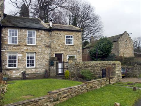 ad coach house cottage friendly cottage in