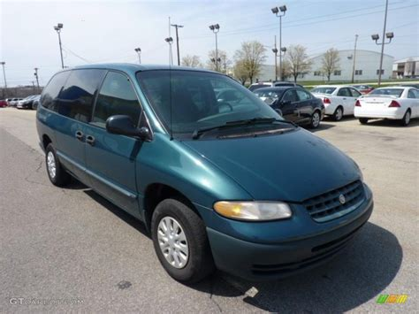 aquamarine metallic 2000 chrysler grand voyager standard grand voyager model exterior photo