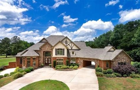 shaquille o neal buys a 1 15 million 2 house