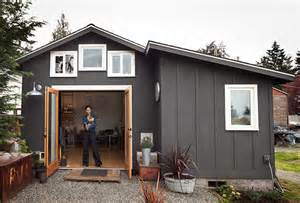 Tiny House 250 Square Garage Converted To 250 Sq Ft Modern Tiny House