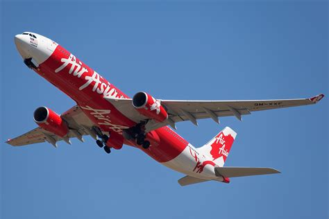 airasia video air asia flight goes missing with 162 on board channels