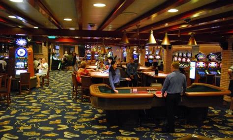 emerald casino boat ride visit lady luck in person aboard the emerald princess ii
