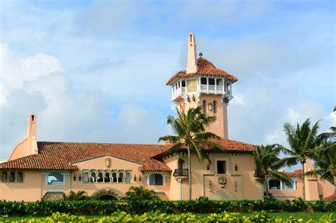 mar a lago resort palm beach florida preppy life 1 these are the biggest scandals to hit donald trump s mar a