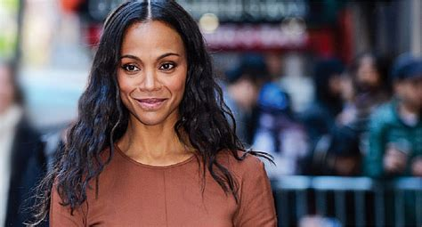 hollywood actress zoe saldana hollywood star zoe saldana won t let hashimoto s slow her down