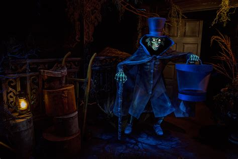 haunted mansions the hatbox ghost reappears in haunted