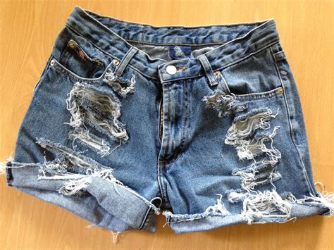 diy jean shorts prudence and austere diy distressed denim shorts