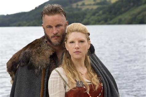 ragnar lodbrok wives katheryn winnick lagertha s hairstyle in vikings strayhair