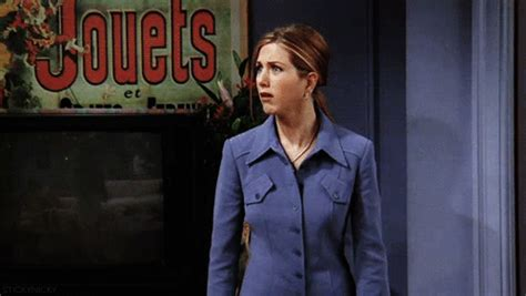 viewers react to quot the new brad quot on seven year switch reunion 11 gifs that sum up aniston s reaction to the