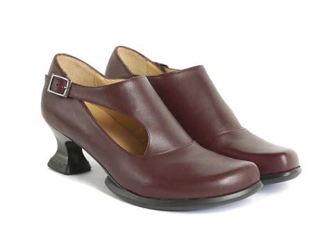 fluevog shoes fluevog shoes shop gracias cherry