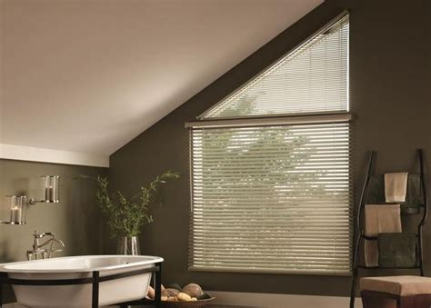 Bathroom Blinds Fit 1000 Ideas About Aluminum Blinds On Wooden