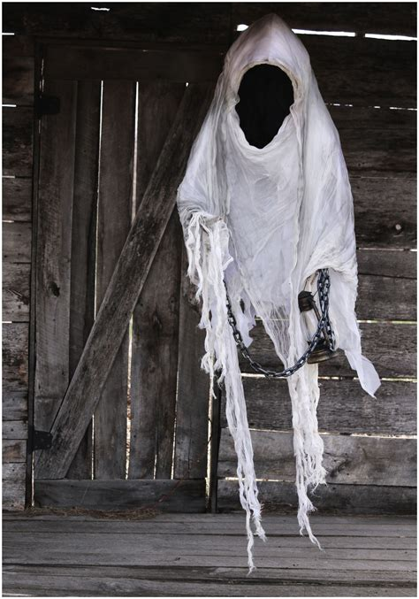 how to make scary decorations 40 scary ghost decorations ideas