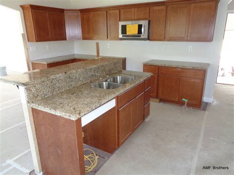 Granite Countertops Lafayette La by New Venetian Gold Lafayette In Amf Brothers Granite