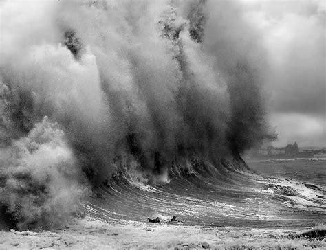 Freak Outer 19 rogue waves a california galavant