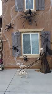 scary halloween window decorations halloween window decorations ideas to spook up your neighbors