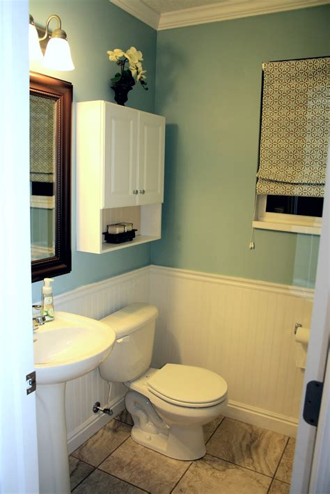 bathroom ideas with beadboard beadboard bathroom ideas decobizz